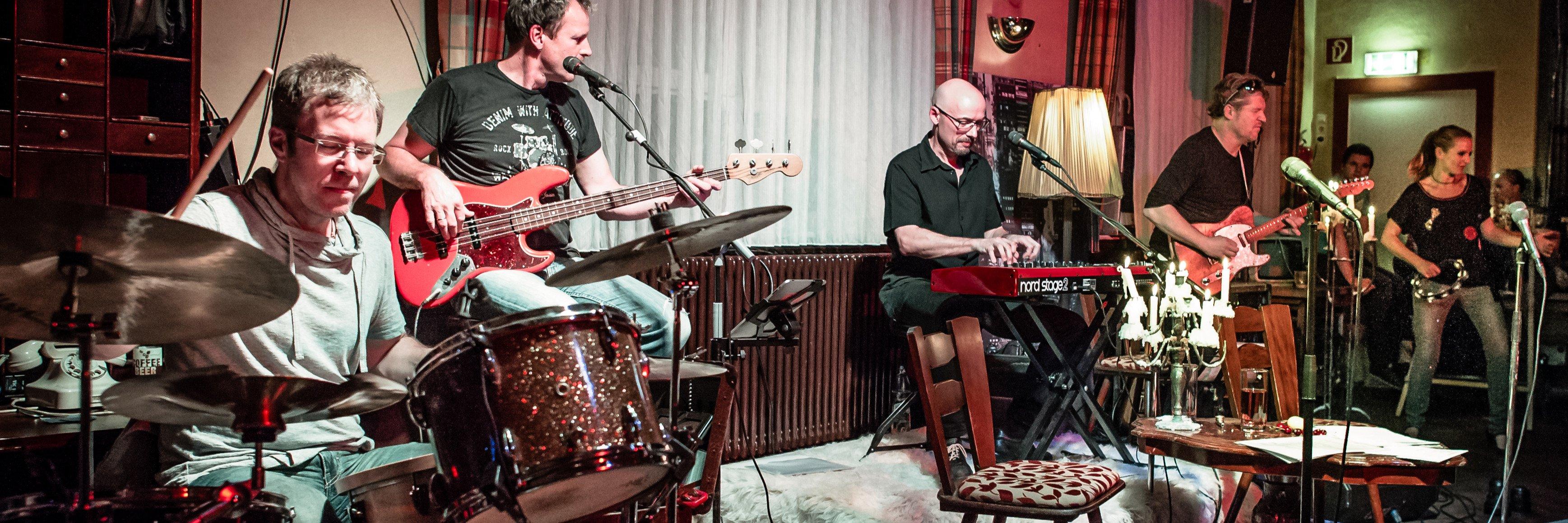 Groove incorporation / Beim Schupi